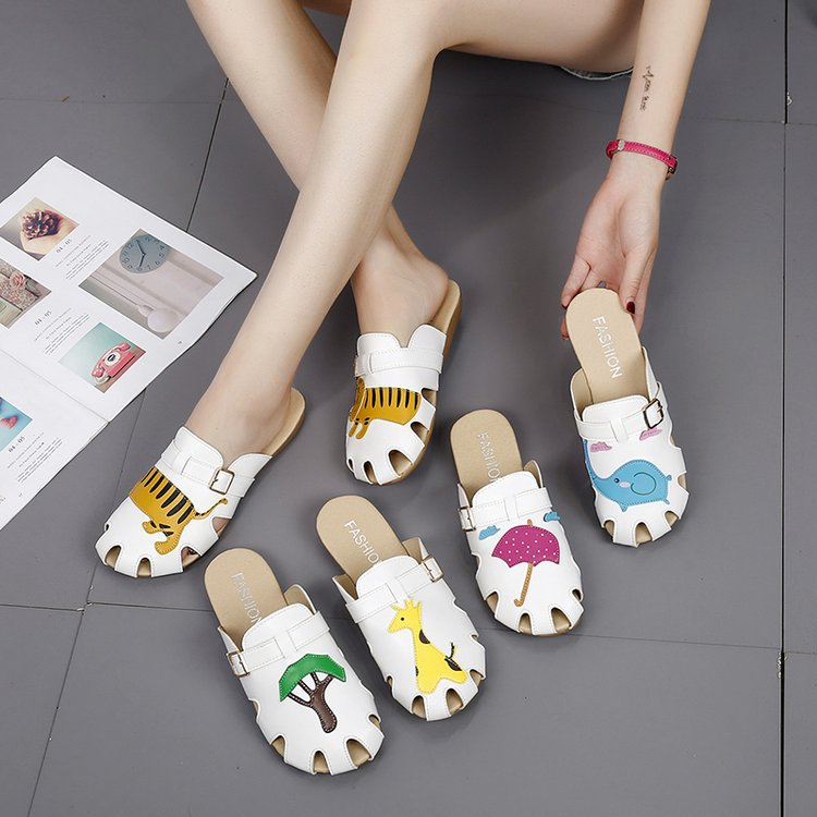 Medical Anti-skid Flat Shoes Female Korean Wrapped Head Hollow Sandals Doctor Nurse Comfortable Printed High Quality Accessories