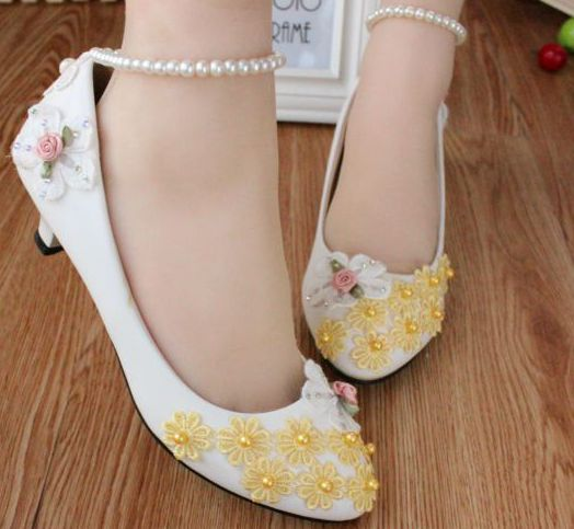 ФОТО yellow lace flowers fashion little small heel pumps shoe for womens, TG112 custom make med heel point toe ankle pearl strap shoe