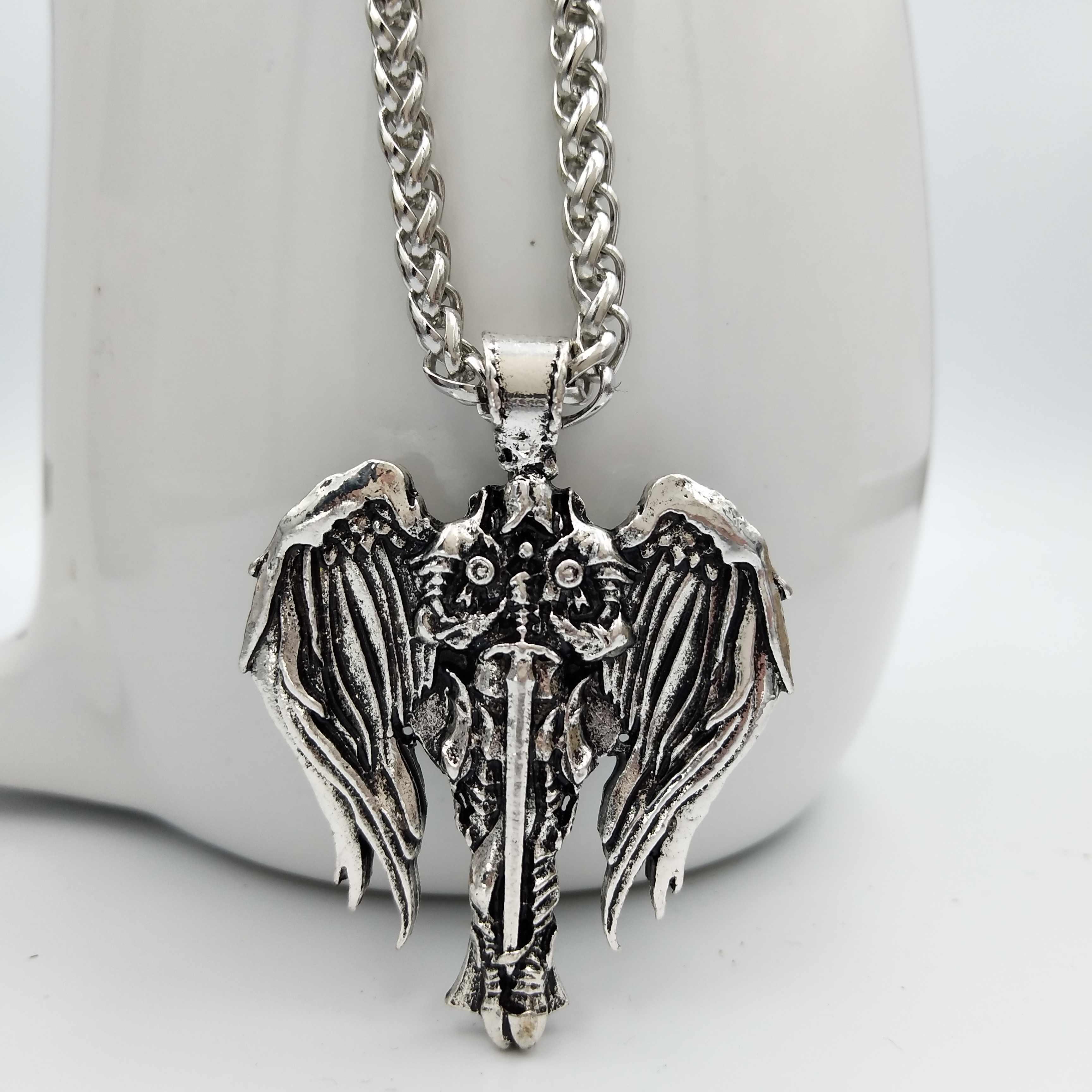 dropshipping Diablo Archangel Protection Irish Cross Pendant Angel Wings  Necklace Wicca Pagan Talisman Viking Jewelry