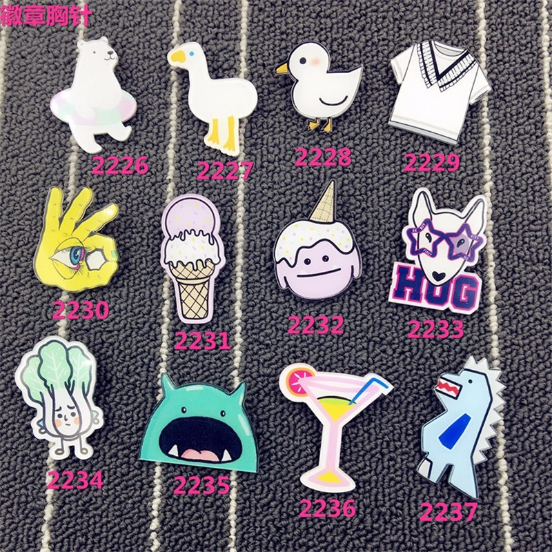 New Arrival Badges Cartoon Figure Epaulette Acrylic Brooches Fashion Accessories Wholesale XZ76