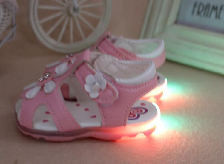 2017 LED Light Flower Baby Sandals