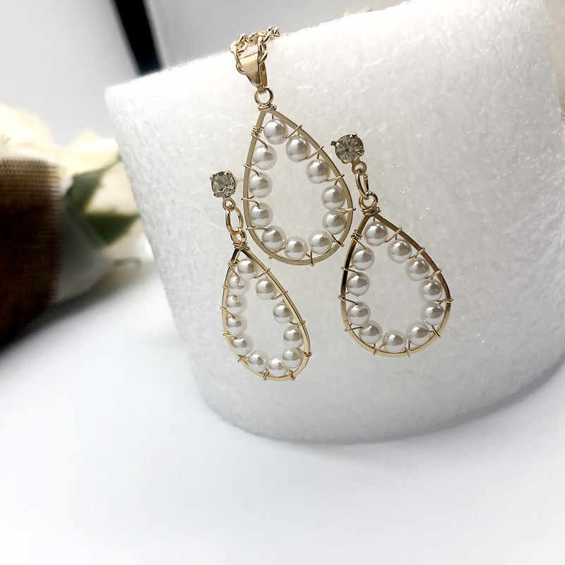 New ladies fashion simple water drop pearl earrings high quality bride gold necklace earrings jewelry set wholesale