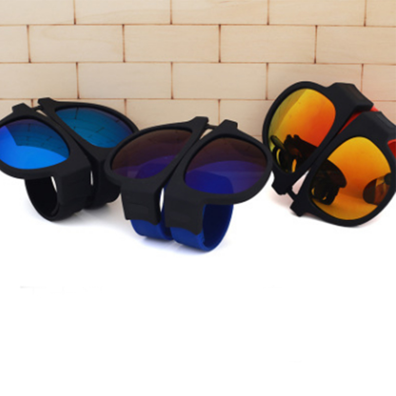 ddda2a05e2 FONHCOO 2018 Crimp Fashion Sunglasses folding mirror pops Polarized  sunglasses Fashion casual glasses UV400 protection-in Sunglasses from Men s  Clothing ...
