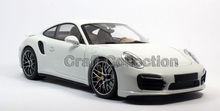 *1/18 911 Turbo S 2013 Sport Car Limited Edition Luxury Vehicle Diecast Model Car Aluminum Die casting Products Miniature