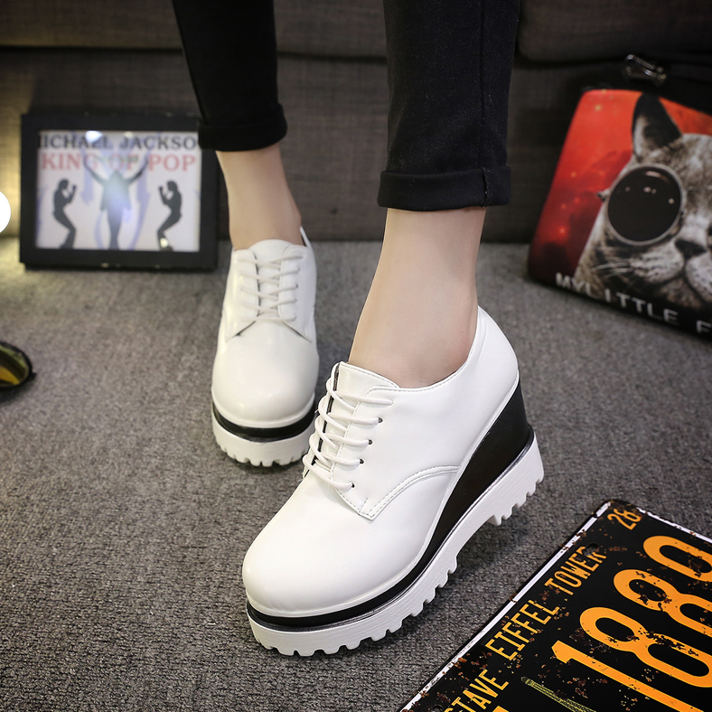 Women Platform Oxfords Brogue High Heels Shoes Patent Leather Lace Up Luxury Brand Low Top Creepers Chaussure Femme цены онлайн