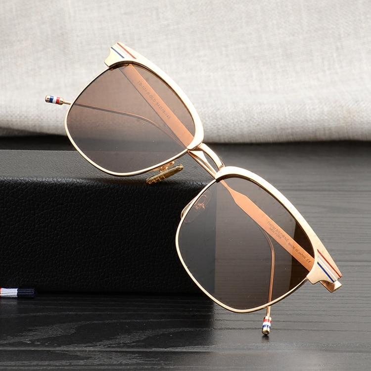 Thom marca de alta qualidade quadrado de metal armações de óculos de Olho  para homens e mulheres simples revestido de viagem óculos de sol de pesca  TB104 ... f2aa142dcd