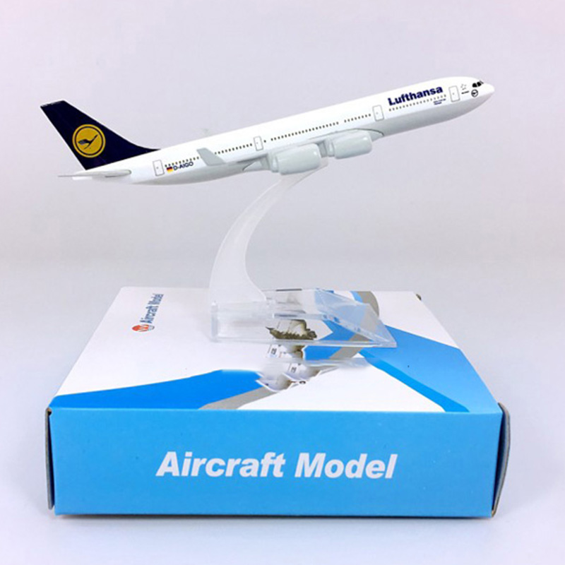 16CM 1:400 Scale Air German Lufthansa Airplane Airbus A340-300 Model W Base Alloy Aircraft Plane Collectible Display Toy Model