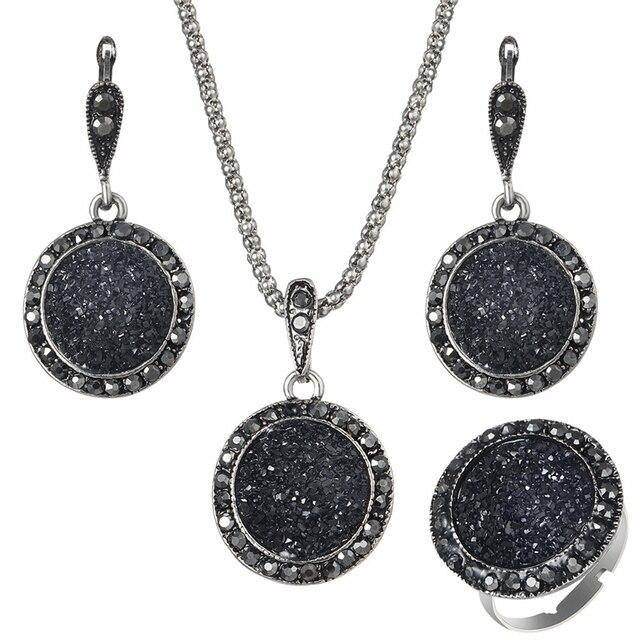 Vintage Black Gem Jewelry Set