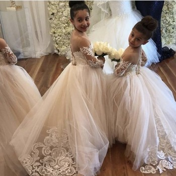 Sheer Neck Sweetheart Long Sleeves Lace Applique Tulle Flower Girls Dresses With Court Train Hot Little Girl Party Gowns