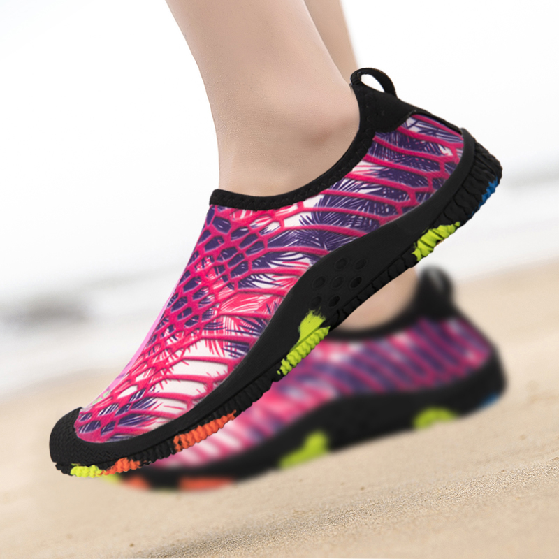 2019 Summer Water Shoes Casual Aqua Shoes Beach Swimming Socks Anti Slip Sports Shoes Outdoor Quick Dry Walking Sneakers Unisex