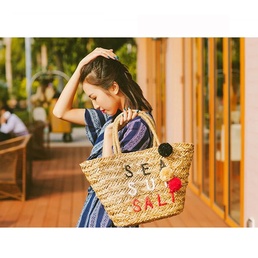 Colorful Hairball Pendant Straw Bags Women Embroidery Letter Hand Woven Basket Bags Women Casual Tote Girl Summer Beach Bag New