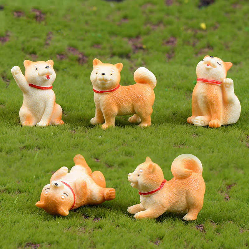 Cute Akita Dog Animal Figurines Resin Miniatures Figurine Craft Bonsai Home Fairy Garden Ornament Decoration Terrarium Decor