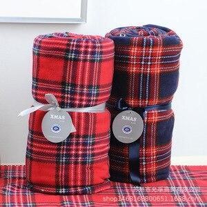 Image 3 - Plaid rouge quadrillé écossais 2 couches