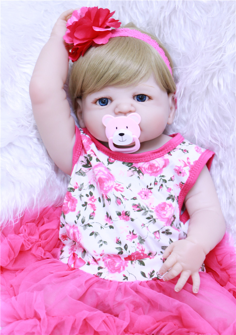 22 Girl doll reborn full body silicone reborn babies can enter water with pacifier bottle bebe alive reborn bonecas kids gift22 Girl doll reborn full body silicone reborn babies can enter water with pacifier bottle bebe alive reborn bonecas kids gift