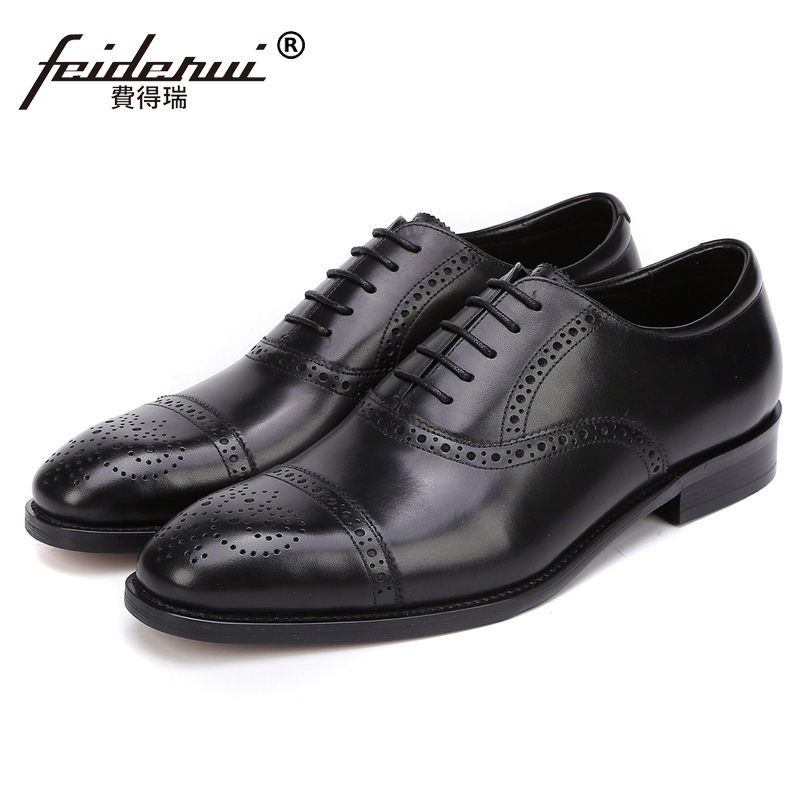Fashion Formal Dress Man Carved Brogue Shoes Genuine Leather Round Toe British Style Men's Handmade Wedding Party Oxfords JS32 цена