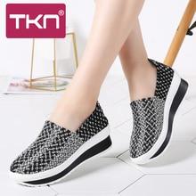 TKN 2019 春の女性の織スニーカーシューズにプラットフォームシューズフラッツテニス feminino 靴女性 laides 靴 755