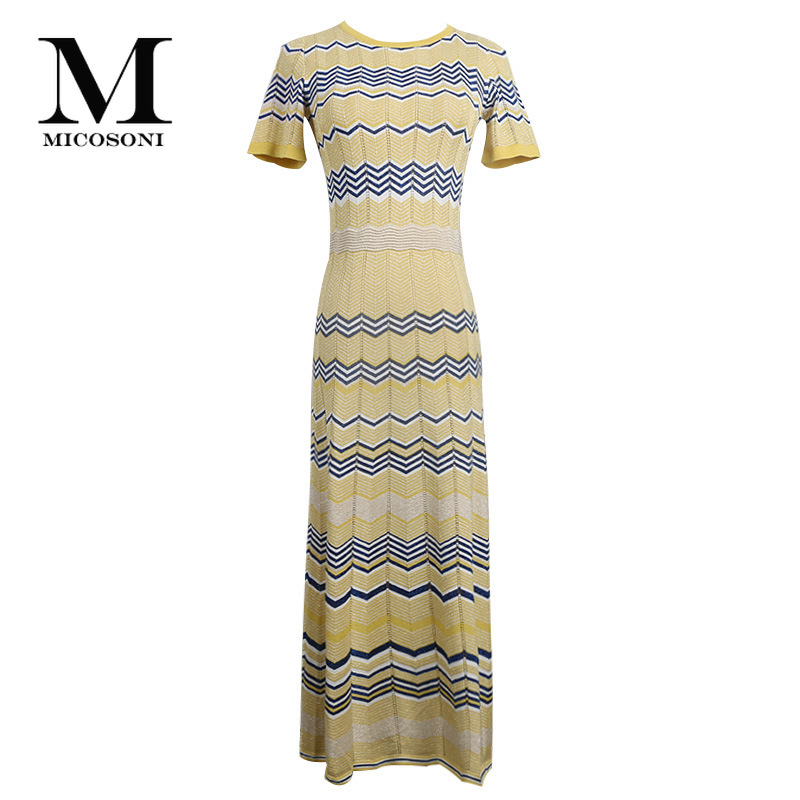 Micosoni อิตาเลี่ยนถักสไตล์ฤดูร้อน 2019 ใหม่ด้ายสีทอง Hollow Out สีลาย Loin ถัก Lady's สีเหลืองสีฟ้าสีแดง-ใน ชุดเดรส จาก เสื้อผ้าสตรี บน   2