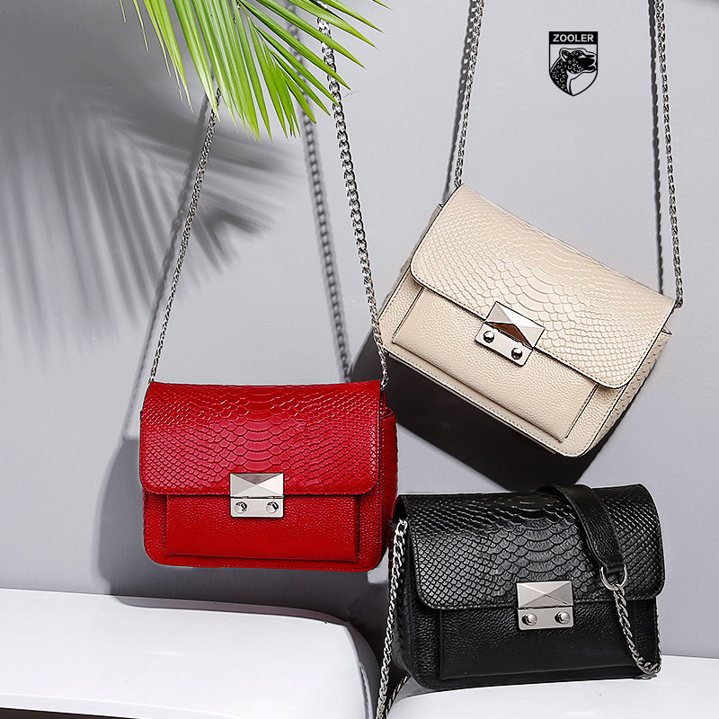 Simple fashion design women messenger bags let you walk in the forefront of fashion with strong self-style Crossbody Bags fashion style