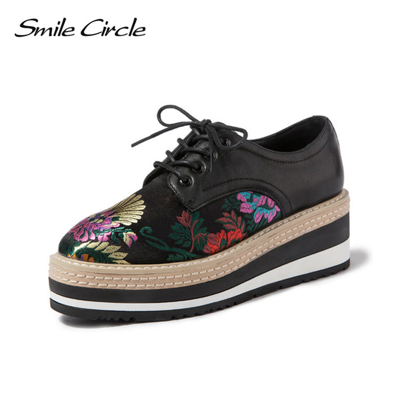 Fashion Embroidery women Platform Oxfords Flats Shoes Leather Lace Up Pointed Toe Brand Female Footwear Shoes for women Creepers qmn women crystal embellished natural suede brogue shoes women square toe platform oxfords shoes woman genuine leather flats