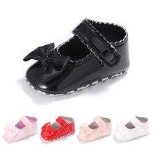 Из искусственного меха для детей с мягкой подошвой кожаные туфли, комплект одежды для новорожденного мальчика и девочки, детские туфли для принцессы детские мокасины с бантом; Лидер продаж