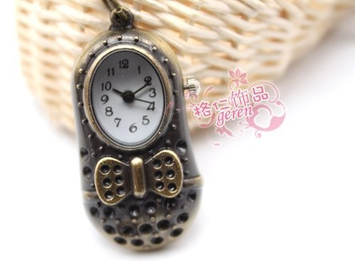 Free shipping & Antique Novelty Little shoes Alloy   jewelry  Pendant watch necklace Brooch Fashion accessory