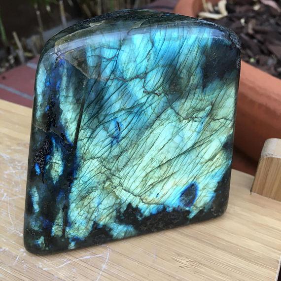 Labradorite polie pierre gemme palmier-Madagascar Labradorite-autonome, 500-750grms un Pack 3