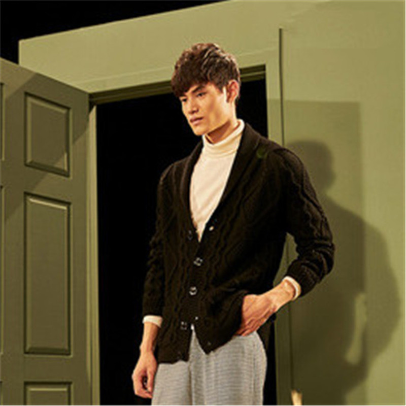 100% Hand Made Pure Wool Turn-down Collar Knit Men Fashion Solid Loose Single Breasted Cardigan Sweater One&over Size