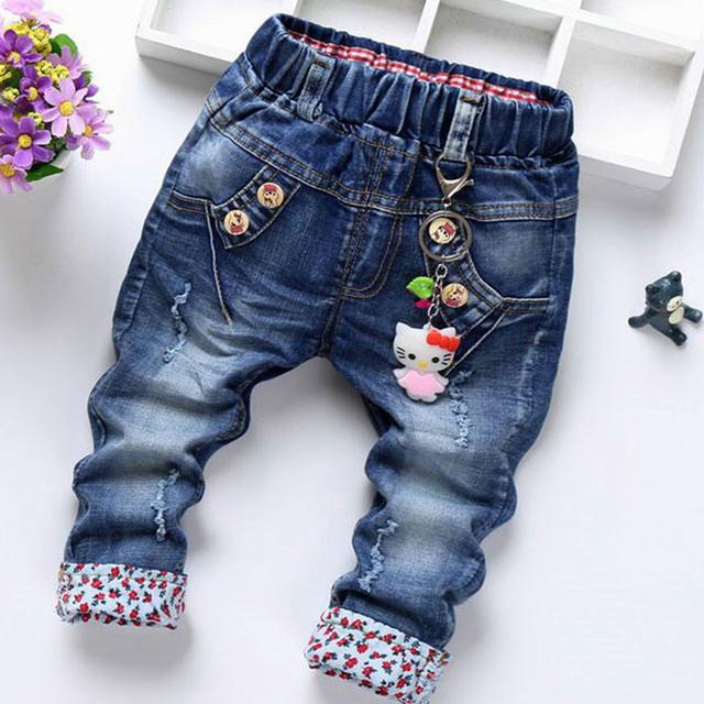 Calças de brim Para Meninas Bordados Rendas Desgaste Meninas das Crianças calças de Brim Do Bebê Calças Compridas Coreano Borboleta Atada Todo o Jogo Jeans Bebe