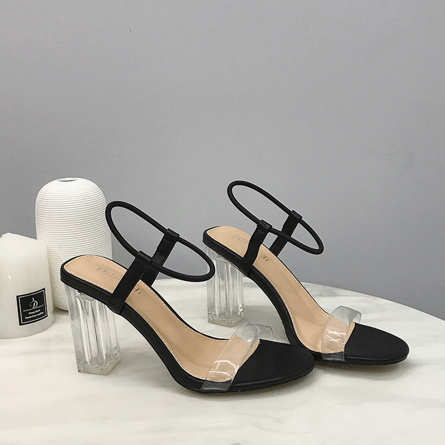 Sandalias de moda de 2019 Sandalias de tacón alto abiertas de cristal Sandalias de tacón transparentes de mujer zapatos de mujer diarios sandalias de vestir de correa de tobillo