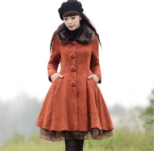 2018 New Womens Autumn Winter Wool Coat Vintage Fur Collar Single Breasted Slim Woolen Overcoat Organza Hem Outwears Trench Coat
