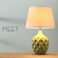 Модные креативные Ананас Дизайн Керамика диммер настольная лампа для Спальня прикроватной тумбочке Гостиная Современная Nordic Фарфор Насто