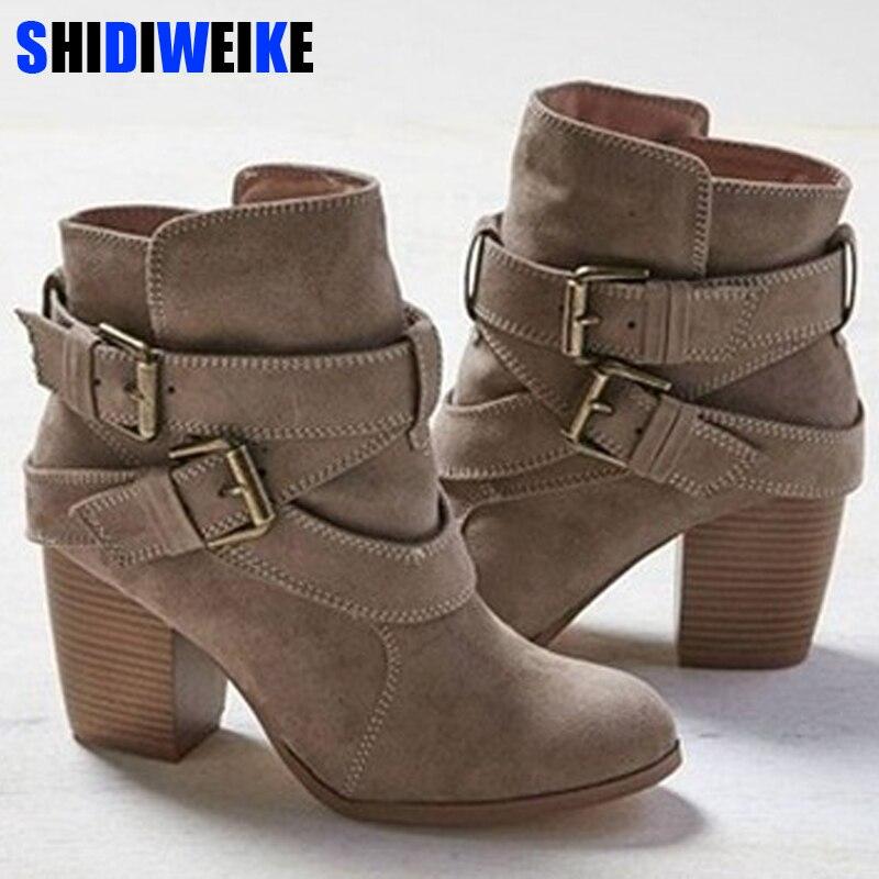 Taille 35-43 Automne Hiver Femmes Bottes Casual chaussures de Dames Martin bottes En Daim En Cuir cheville bottes à talons hauts fermeture éclair botte de neige