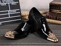 Роскошные острым носом лакированной кожи мужские туфли pointend ног скольжения на черный свадьба мужская обувь лодки партии способа человек обувь