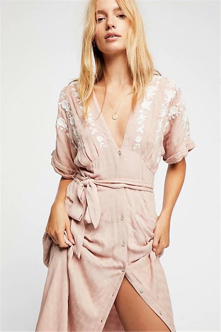 2018 bohème Style femmes longue robe Floral broderie col en v avant bouton décontracté Maxi robe avec poche lâche fente robe