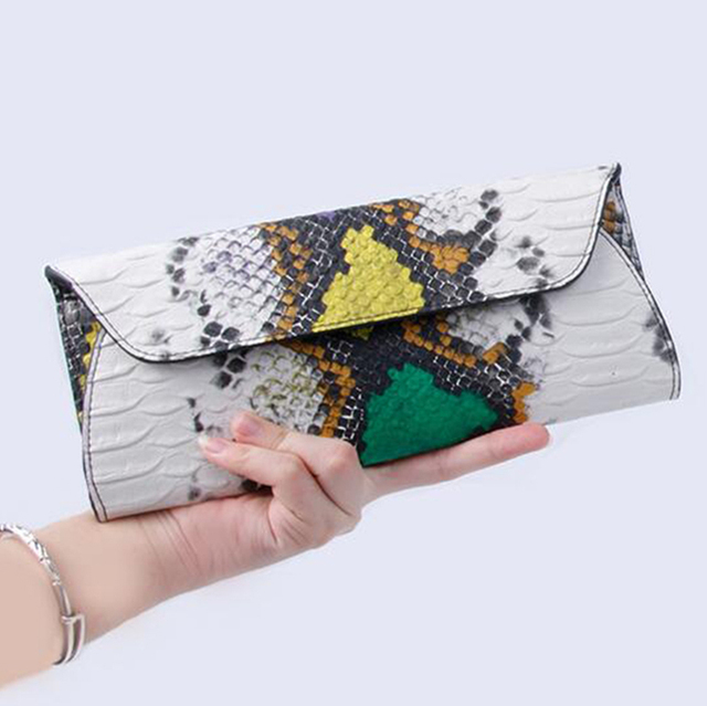 Yirenfang Women Leather Handbags Clutch Fashion Women Messenger Bags Clutch Small Crocodile Pattern Genuine Leather Womens Bag