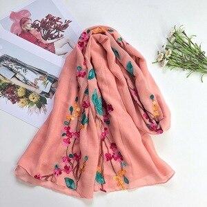 Image 5 - NIEUWE Vrouwen Vlakte Effen Geborduurde sjaal moslim hijaabs sjaals islamitische mode wraps bandana sjaals heads 10 stks/partij snelle verzending
