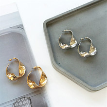 Retro geometric attractive women fashion earrings jewelry Metal irregular geometrical Contracted