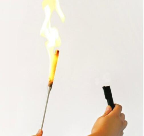 Flaming torche à apparaître canne (beaucoup de couleurs disponibles) tours de magie incroyable scène magique feu baguette magique Gimmick accessoires magicien