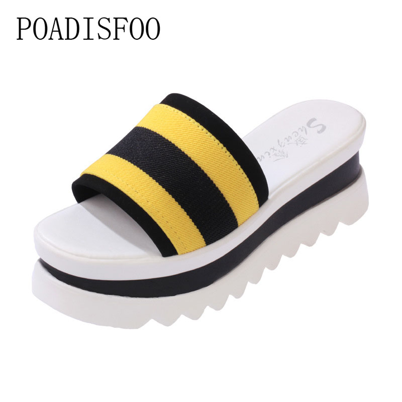 POADISFOO 2018 summer thick crust cool sandals and slippers female non-slip flat high-heeled beach shoes .CBSL-X5188