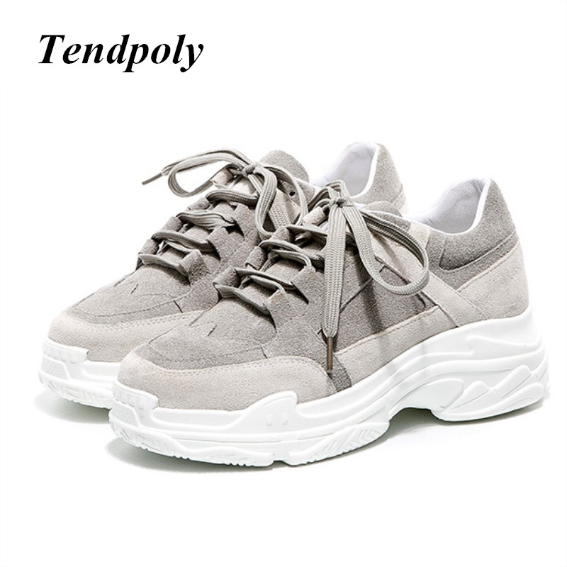 The new Sell well simple fashionable women's shoes 2018 autumn winter warm at the end of popular Korean casual white Women shoes