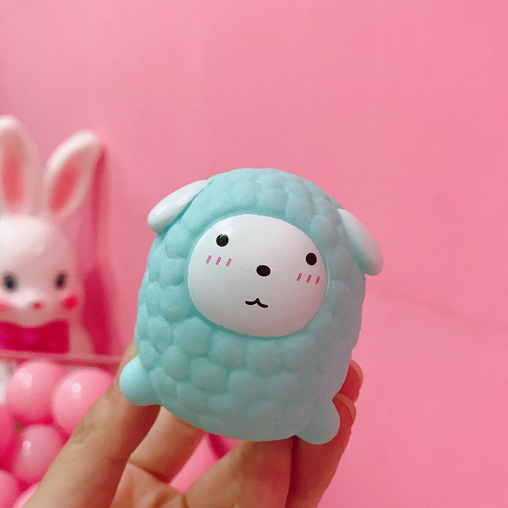 1 Pcs Stress Relief Squeeze Toy For Children Adult Decompression Ball Fun Antistress Birthday Xmas Funny Gift Sheep Doll Squishy