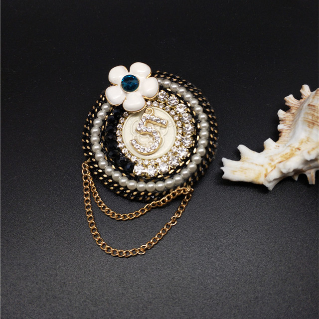 57098519611 Retro Handmade Crystal Simulated-Pearls Beads Brooches No. 5 flower Brooch  pins for Women