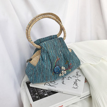 Female Tote  Bags For Women 2019 High Quality Canvas Embroidery Luxury Handbags Designer Sac A Main Ladies Han Bag Shoulder Bag