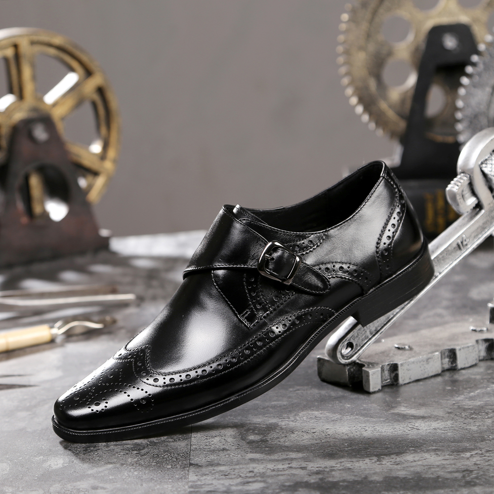 Hot 2018 Spring Autumn Men's Genuine Leather Business Casual Dress Shoes British Fashion Men Large Size Buckle Pointed Toe Shoes hxrzyz large size women black flat shoes female patent leather loafers spring autumn new fashion pointed toe buckle casual shoes