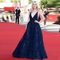 Azul marino Satinado Sexy Con Cuello En V Vestidos de La Celebridad 2017 Premios Partido Apliques Lentejuelas Elegante Vestidos Largos de Alfombra Roja