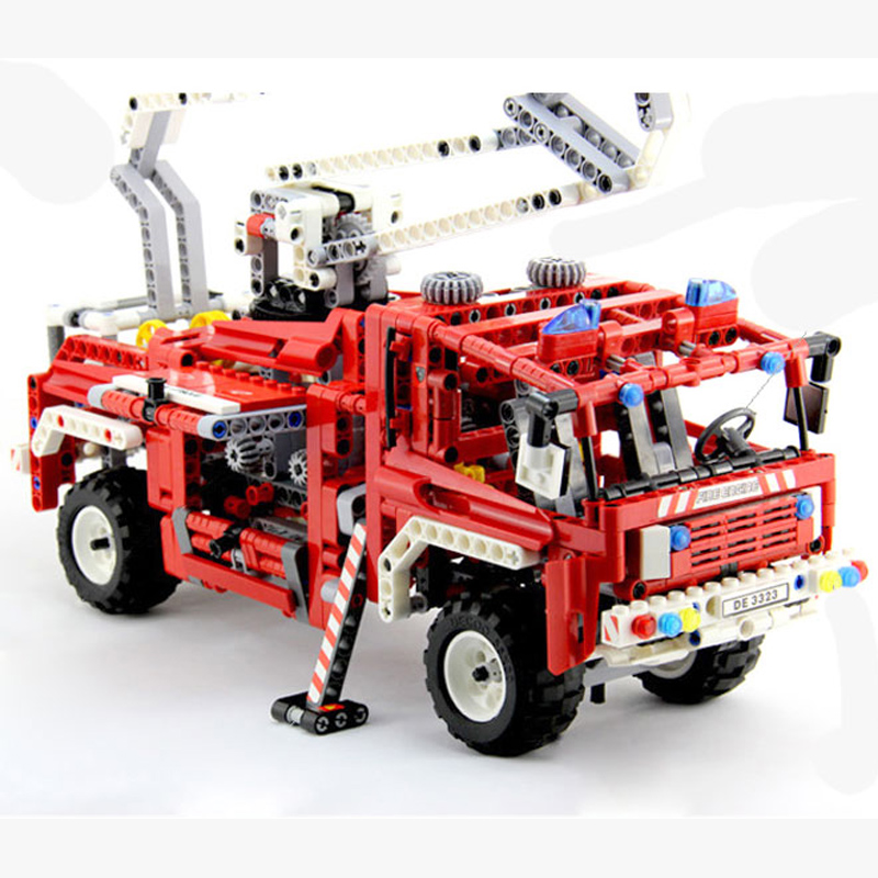 1036pcs Lepin Technic Fire Truck Building Blocks Bricks Toys for Children Game Model Car Lepin Technic Building Blocks Brick Toy jie star fire ladder truck 3 kinds deformations city fire series building block toys for children diy assembled block toy 22024