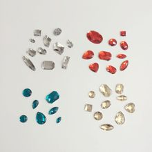 150Pcs/Pack Mixed Styles (Two Holes) Resin Flat Silver Back Acrylic Imitation Crystal Jewelry Bead DIY Jewellery Beads