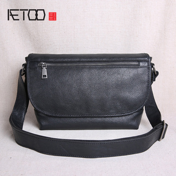 AETOO Leather men's bags, one-shoulder trend sloping bags, casual student postman bags, leather men's bags