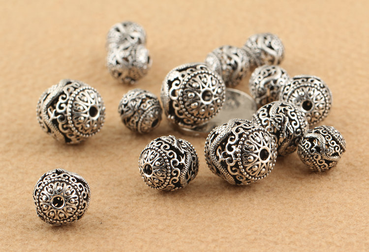 silver-beads2012a