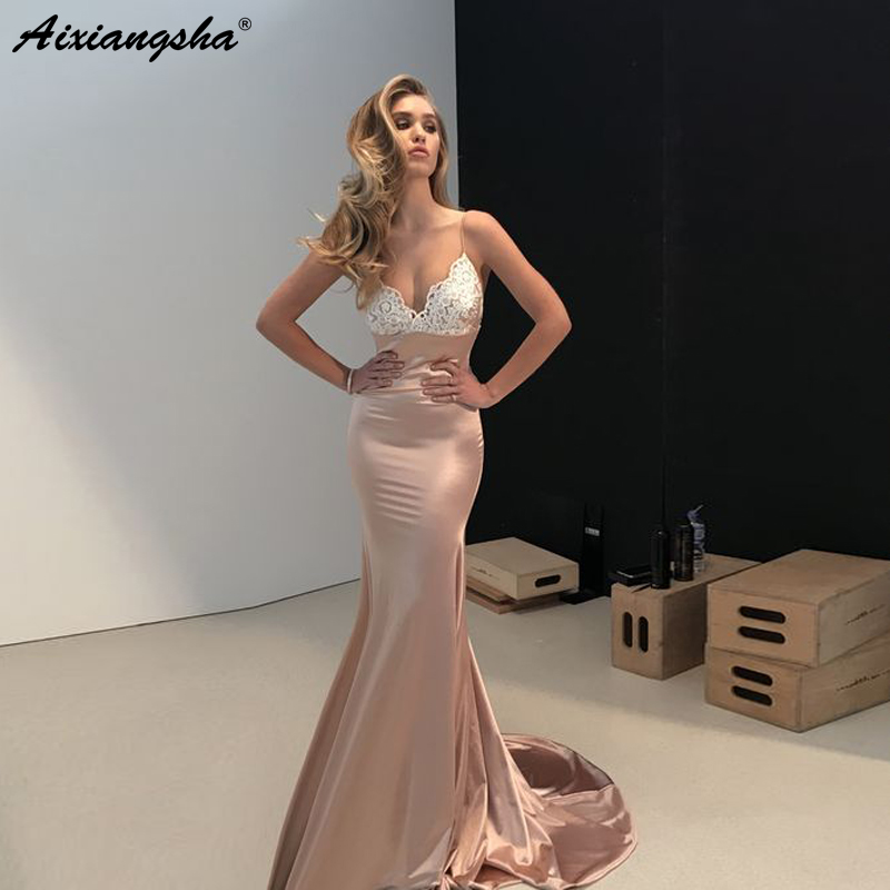 Champagne   Evening     Dresses   2019 V-neck Appliques Satin Sexy Backless Elegant Long Formal   Evening   Gown Mermaid Prom   Dress